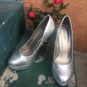 NEW SALE Silver sexy heels Size 8.5 shoes